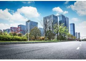 沥青路与现代城市_124261701