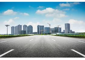 沥青路与现代城市_124262801
