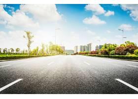 沥青路与现代城市_124263401