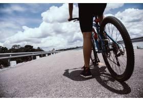 骑自行车的人_397278301
