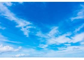 蓝天上的白云_125446301