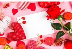 情人节快乐心想事成木质背景上印有幸福_158651601