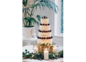 可爱的婚礼蛋糕_362624201