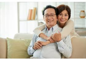 相爱的老年夫妇_563370801