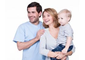 幸福的家庭画像带着小孩侧视与世隔绝_1155462301
