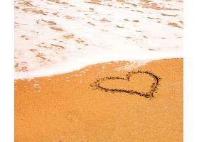 海滩上的心_143621101