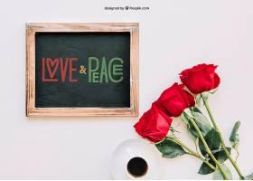 用石板和玫瑰花装饰的情人节样机_15054590102