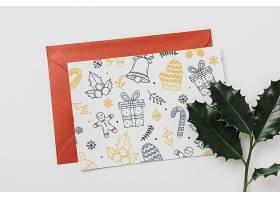 带有圣诞节概念的卡片和信封样机_34889000102
