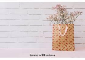 纸袋和版面中的鲜花_22569900102