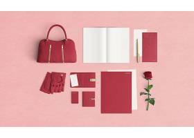 带附件和玫瑰花的女性桌面_8556510102