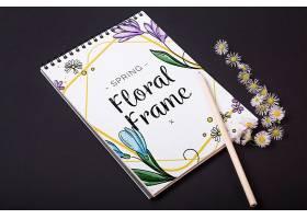 一种花卉春季用记事本模板_38816650102
