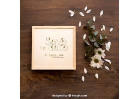 鲜花旁的木盒样机_16991660102