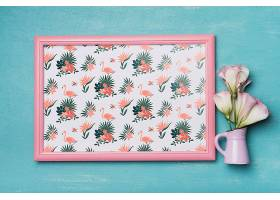 带有花卉装饰的漂亮框架样机_31971660102
