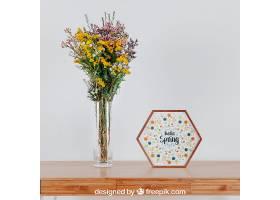 桌子上方有六角形框架和花瓶的弹簧样机_18678400102