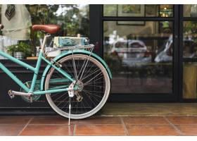 城里一家时髦的咖啡店_354006501