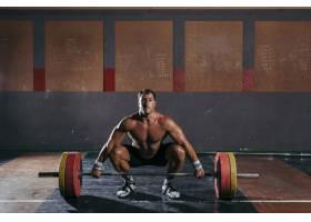 做健美运动的男人_1265849