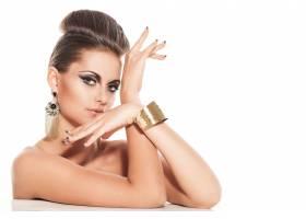 涂著晚妝的漂亮年輕女子_5904204