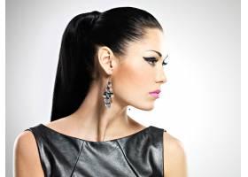 美丽性感女人的侧面有着迷人的时尚眼妆和_11961780