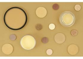 米色背景的裸体彩妆产品_5745627