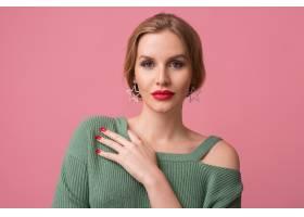 年轻性感美女的特写化妆时髦红唇绿色_10272923