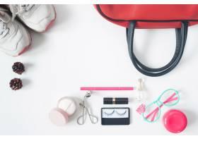 基本美容项目的俯视红色手袋时尚眼镜_1233433