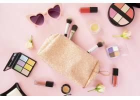 化妆美容产品和手袋_9062785