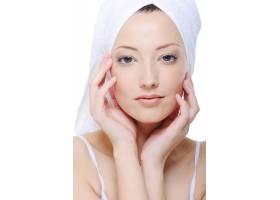 美丽率真的女性面孔干净清新的皮肤_10626609