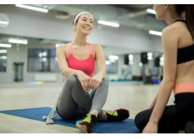 健身房里的体育谈话_6851283