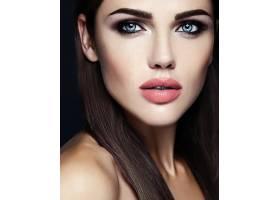 美女模特的感官魅力写真清新的日常妆容_6766651