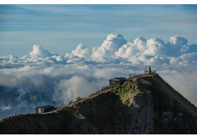 风景位于巴图尔火山顶端的云端神庙印度_1051785601
