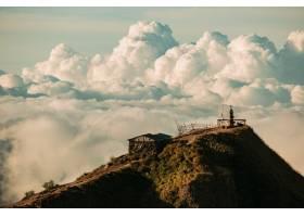 风景位于巴图尔火山顶端的云端神庙印度_1051785701