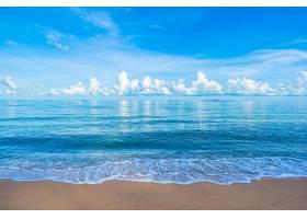 美丽的热带海滩大海白云蓝天版面_501721601