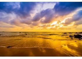 海滩上的日落_398224601