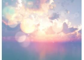 利用复古效果在日落天空的衬托下对海洋进行_114594901