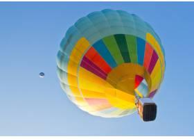 鲜艳的气球色五彩缤纷的热度_1047307
