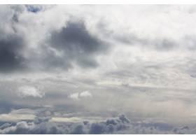 美丽的天空和云彩遮住了太阳_6351966