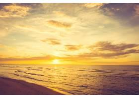 海滩上的日落_3962986