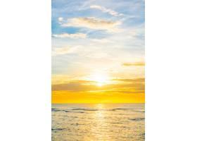 海滩上的日落_3962988