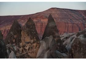 悬崖和岩石的水平镜头和背景中的峡谷_12305424