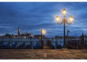 意大利威尼斯夜景中的圣乔治马焦雷_10585491