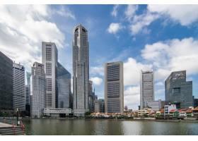 新加坡黄昏时分的天际线城市_8473011