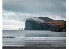 拍摄美丽的大自然如法罗群岛的悬崖大海_12751160