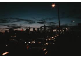 夜晚美丽的曼哈顿城市_7631086