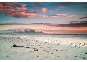 南非开普敦海滩和大海的美丽风景云彩令人_7810263