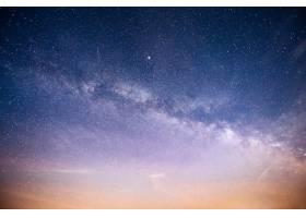 充满活力的夜空有星星星云和星系_10181109