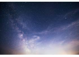 充满活力的夜空有星星星云和星系_10181115