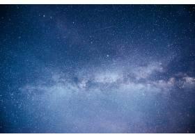 充满活力的夜空有星星星云和星系_10181133