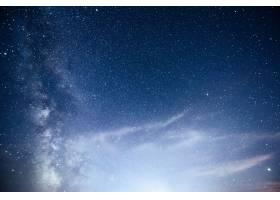 充满活力的夜空有星星星云和星系_10181144