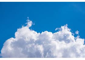 令人惊叹的美丽的云彩天空_10995887