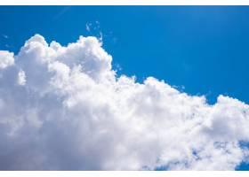 令人惊叹的美丽的云彩天空_10995891